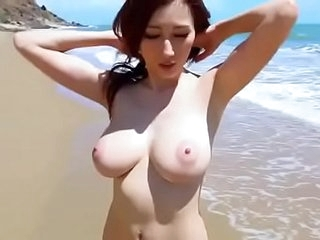 Japanese Bigtits model  Misappropriation Public Dynamic clip:http://ouo.io/T7GwBe