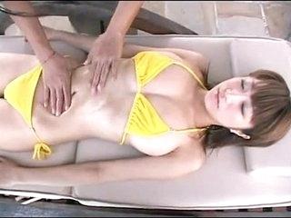 Japanese running body massage