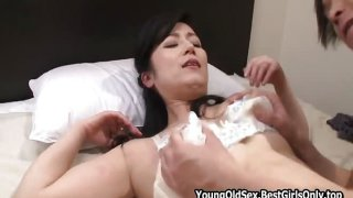 Hot Japanese Asian Cougar Fucked Home Young Lover