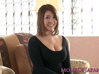 Adult japanese mommy toyed and throatfucked